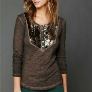 FREE PEOPLE Tiger Eyes Sequin Henley Size Small